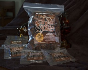 natural-horse-treats-cannamon-sneak-e-snacks